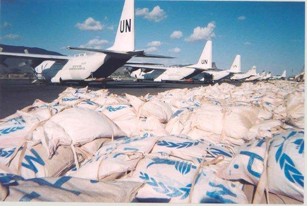 Un_c-130_food_delivery_rumbek_sudan